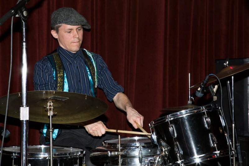 Felix Macnee of Royal Jelly Jive perform at HopMonk Tavern in Sebastopol. (Estefany Gonzalez)