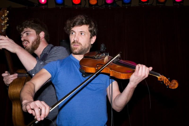 Martin O'Reilly and Chris Lynch perform at HopMonk Tavern in Sebastopol. (Estefany Gonzalez)