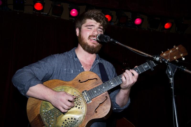 Martin O'Reilly performs at HopMonk Tavern Sebastopol. (Estefany Gonzalez)