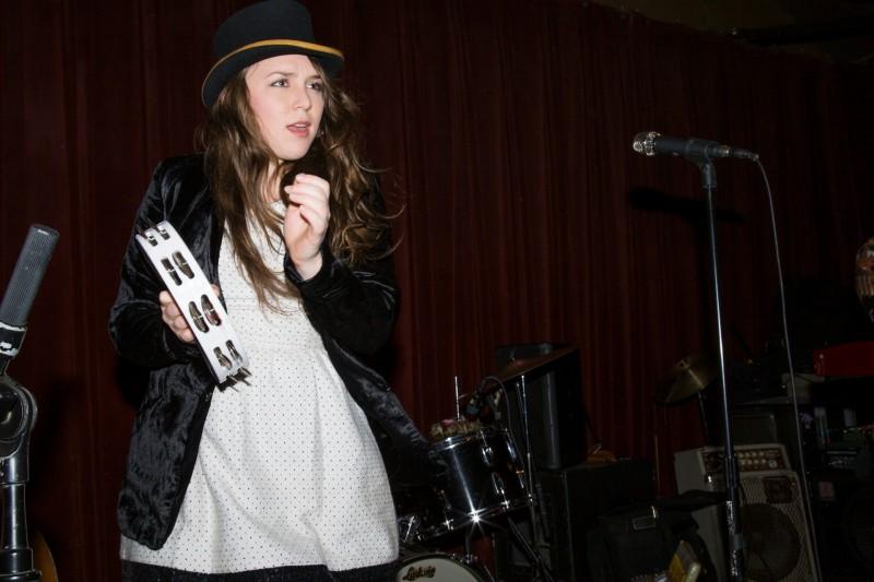 Lauren Bjelde of Royal Jelly Jive perform at HopMonk Tavern in Sebastopol. (Estefany Gonzalez)