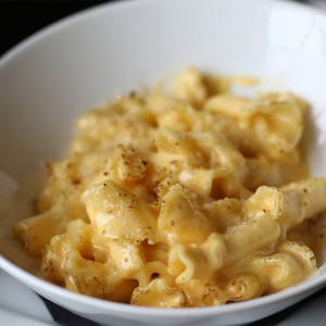 Mac and cheese at Victory House restaurant at Epicenter in santa rosa. Heather Irwin/PD