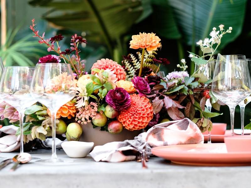 wine-club-tabletop-arrangement-sun-0816