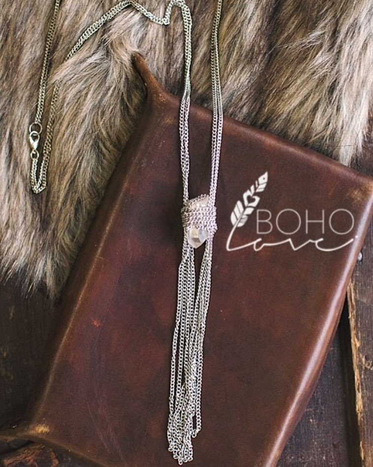 Note book and jewelry at Bella Vita Sonoma.