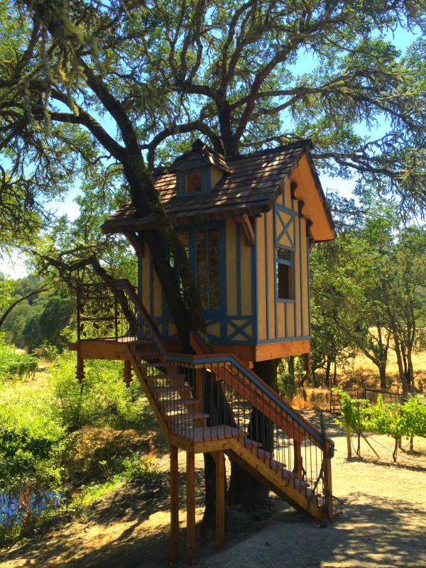 calling all treehouse lovers there s a new way to get high in