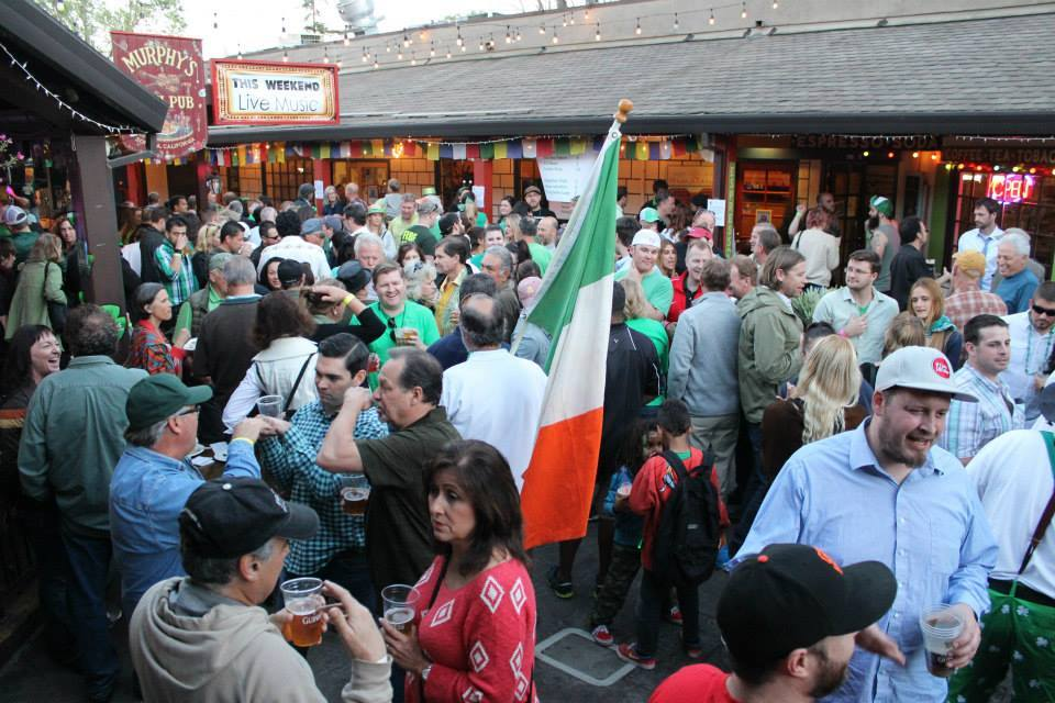 Party like a local at Murphy's Irish Pub in Sonoma (Photo courtesy of Murphy's Irish Pub)