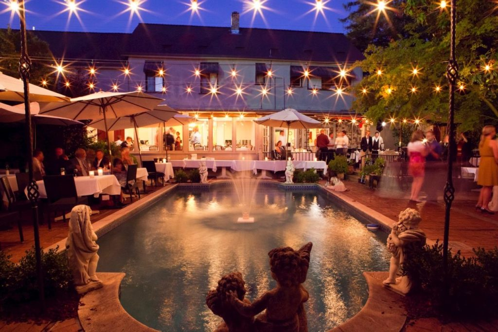 The Most Romantic Sonoma Restaurants to Impress Your Sweetheart