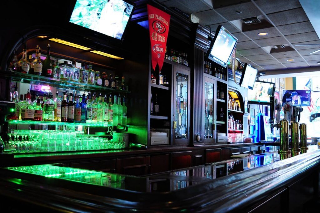 The best bro bars in sonoma for Beer craft rohnert park