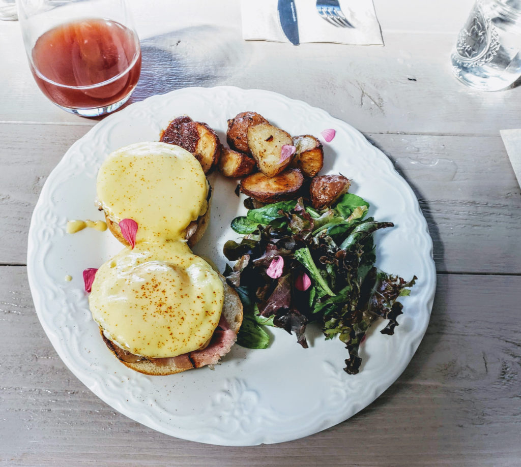 The New Naked Pig Cafe Opens in Santa Rosa for Breakfast, Brunch and Lunch