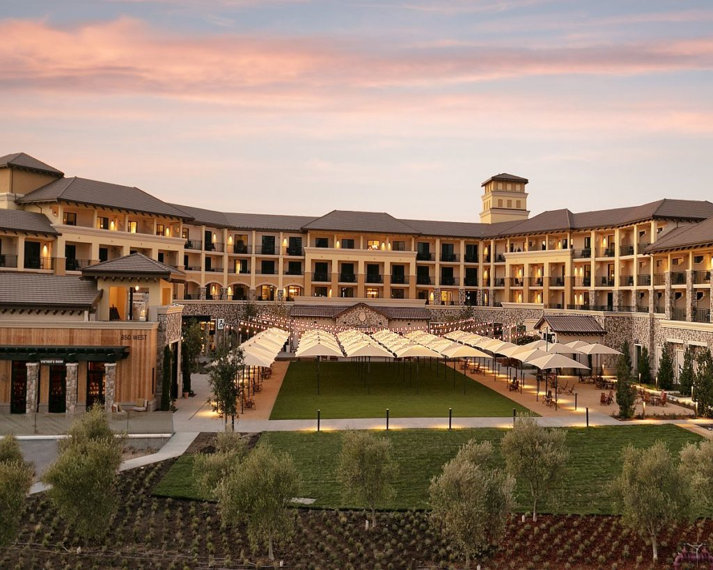 New Napa Resort Brings Wineries to Its Front Yard