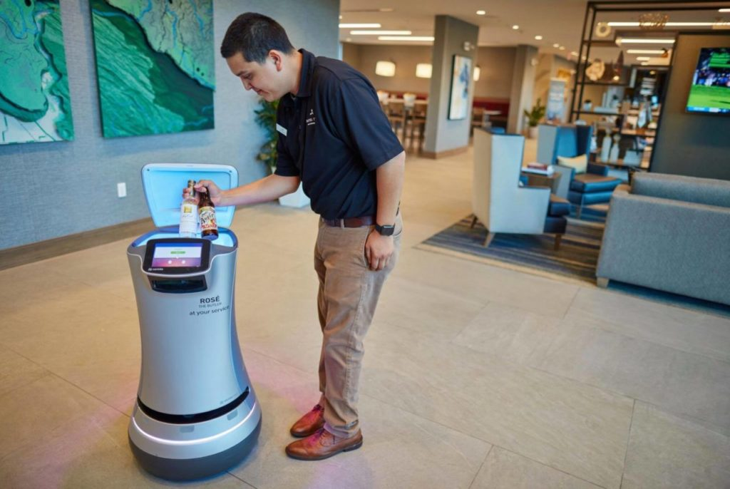 Healdsburg Hotel First in Sonoma County to Employ Robot for Room Service