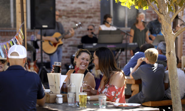 32 Great Outdoor Bars in Sonoma County