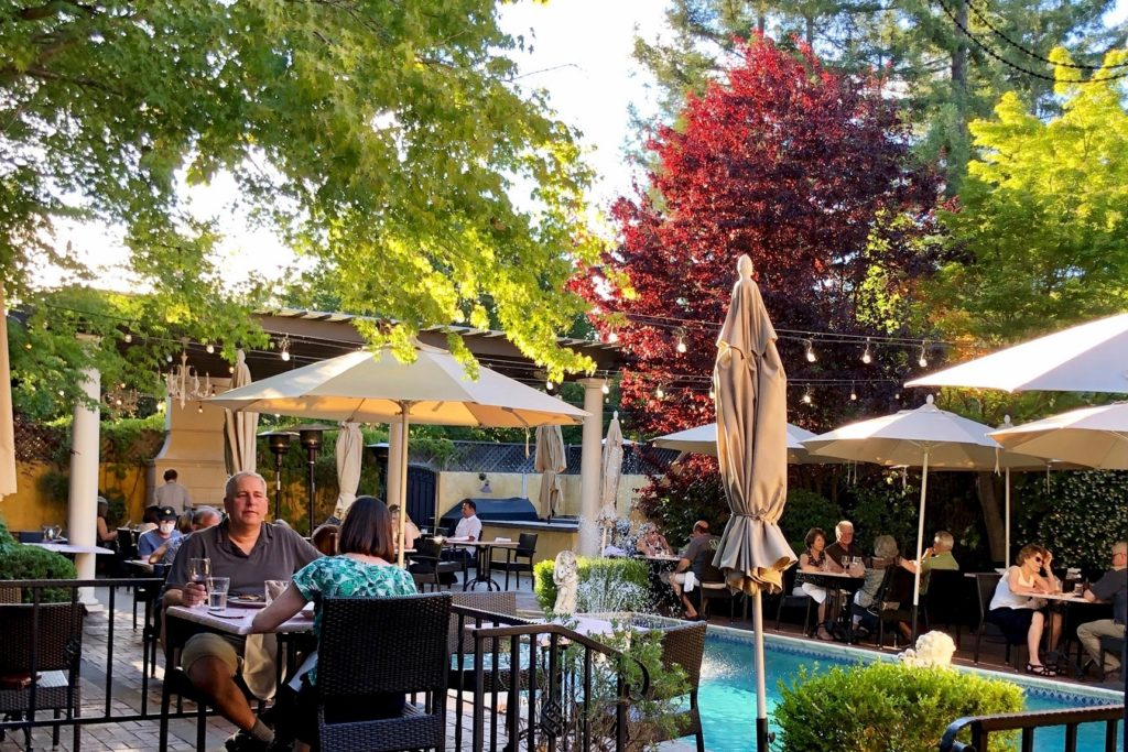 Top Restaurants for Patio Dining in Sonoma Valley