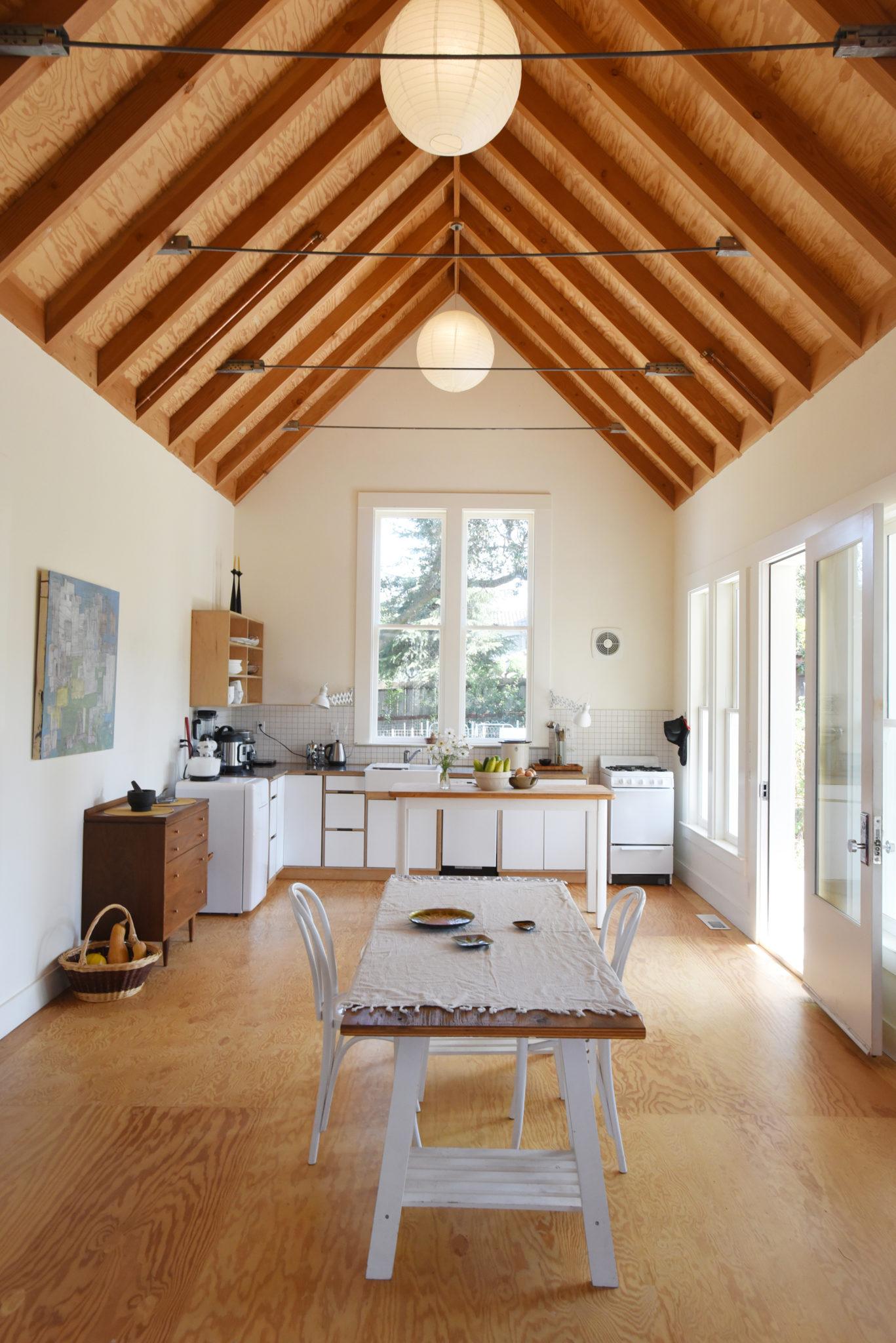 An Abandoned Petaluma House and Adjacent Cottage Become Dream Home ...
